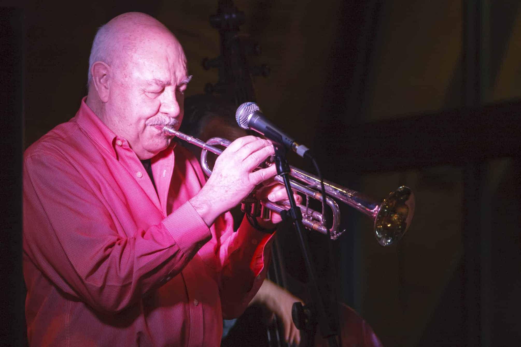 Bob Barnard playing trumpet